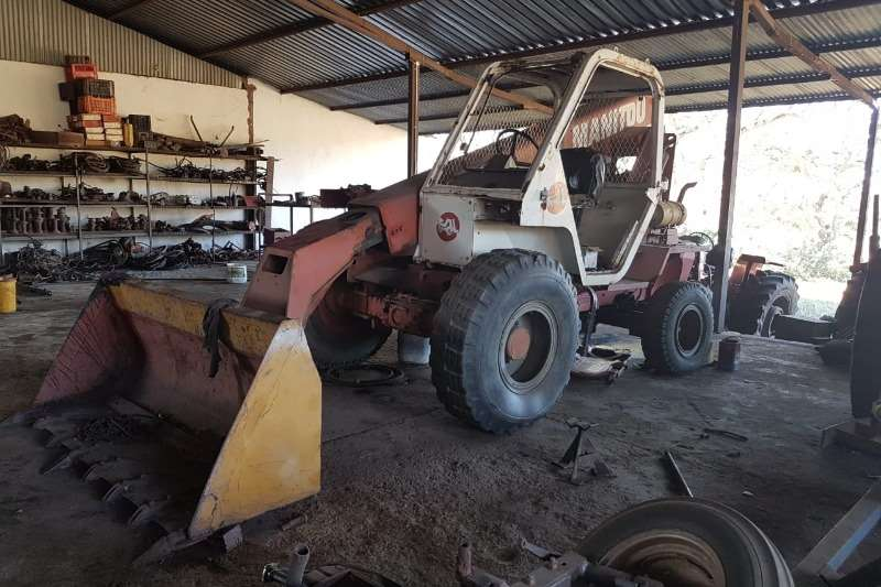 Machinery Farming Manitou Front end loader