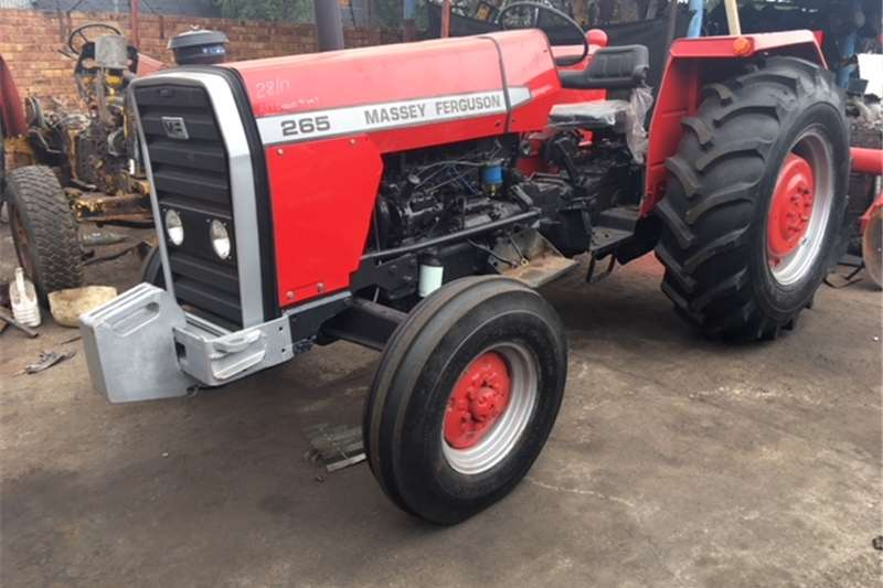 Farming Massey Ferguson 265 Machinery