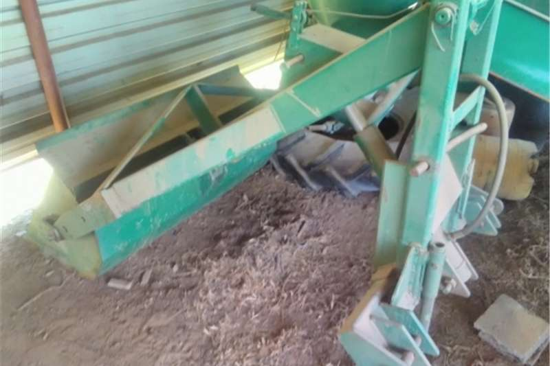 Machinery three piont loader for tractor