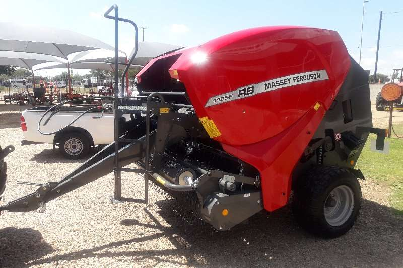 Massey Ferguson Balers ON SPECIAL!! RB1125F ROUND BALER Hay and forage