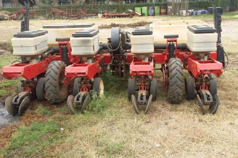 Massey Ferguson Planting and Seeding Row Units Massey Ferguson Planter