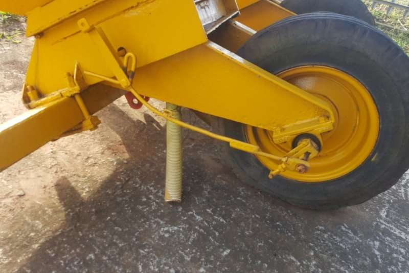 Massey Ferguson Fertiliser spreader Spreaders