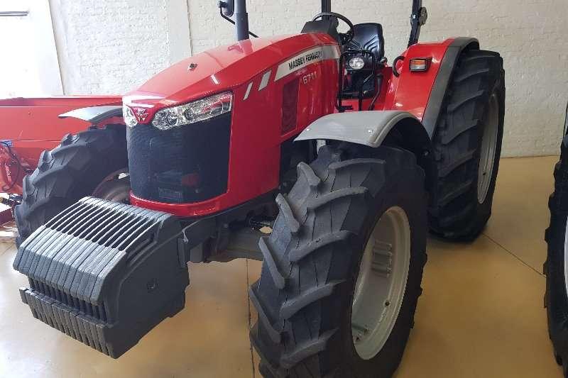 Massey Ferguson Four wheel drive tractors 6711 Demo Tractors