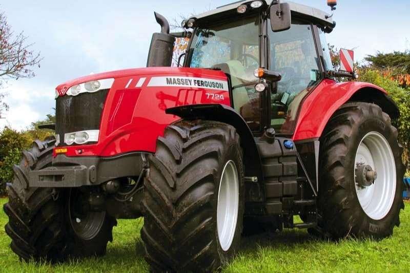 Massey Ferguson Tractors Four Wheel Drive Tractors 7724 4WD CAB DYNA 6 SUPER SINGLE 2018