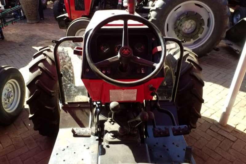 Massey Ferguson Four wheel drive tractors MF 440 4x4 Tractors