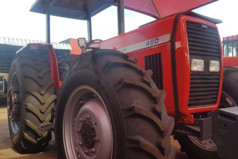 Massey Ferguson Four wheel drive tractors MF 460 Tractors