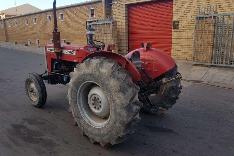 Massey Ferguson Two wheel drive tractors Massey Ferguson 240 Tractors