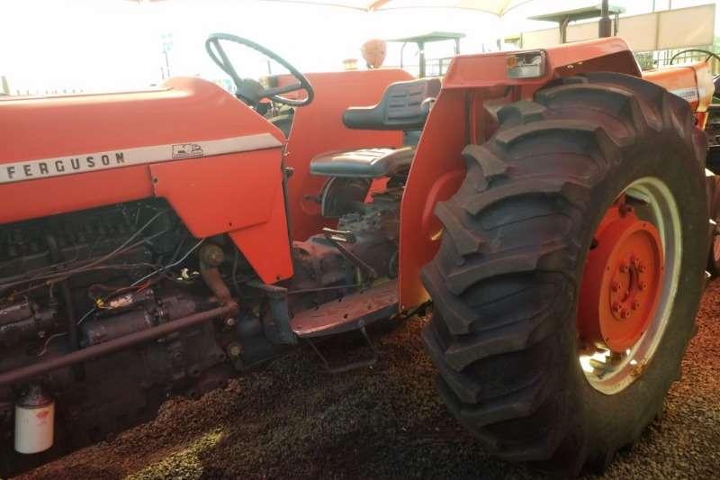 Massey Ferguson Two wheel drive tractors MF 188 Tractor   012 520 5010   Tractor Giants Tractors