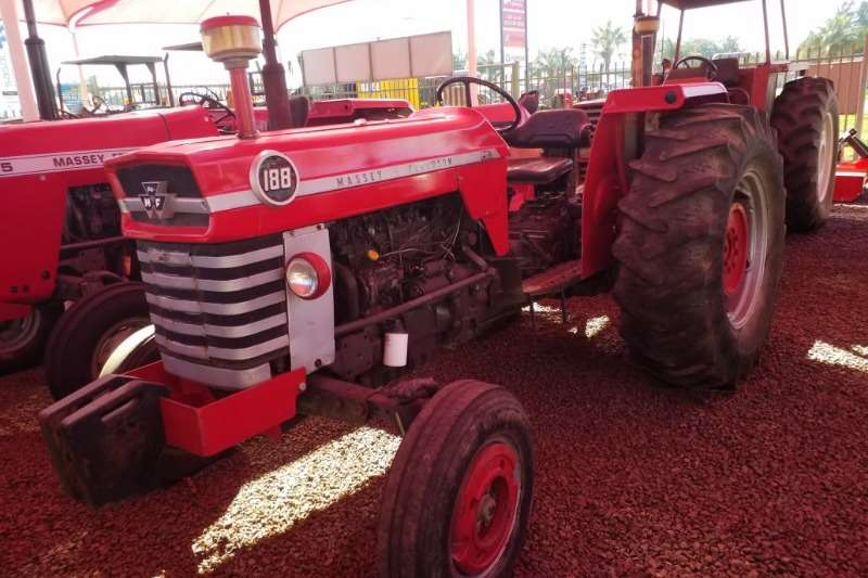 Massey Ferguson Two wheel drive tractors MF 188 Tractor   012 520 5010   Tractor Giants Tractors