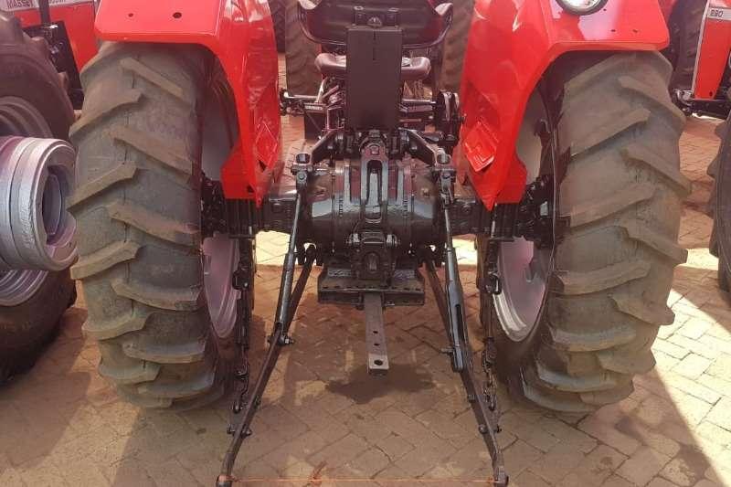 Massey Ferguson Two wheel drive tractors MF 265 Tractors