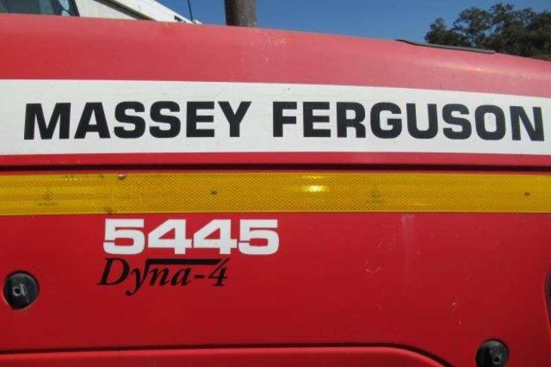 Massey Ferguson Utility tractors Massey Ferguson 5445, Dyna 4 Tractor Tractors