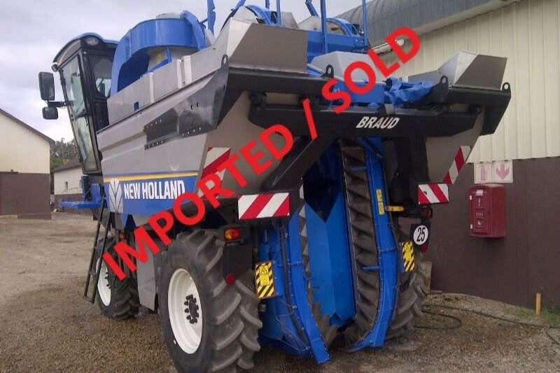 New Holland Combine Harvesters and Harvesting Equipment Grape Harvesters BRAUD 9040L GRAPE HARVESTER (SOLD)