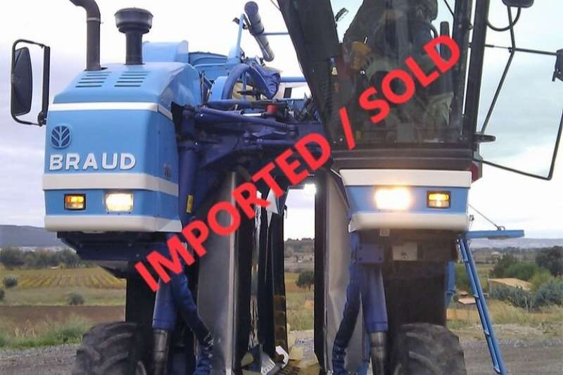 New Holland Grape harvesters BRAUD SB56 GRAPE HARVESTER (SOLD) Combine harvesters and harvesting equipment