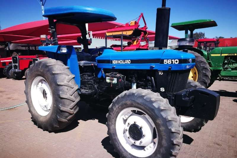 New Holland Tractors Four Wheel Drive Tractors 5610 DT Tractor - 012 520 5010 - Tractor Giants 2008