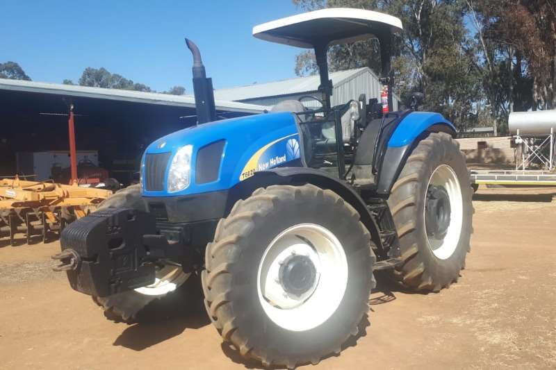 New Holland Tractors Four Wheel Drive Tractors New Holland T6020 2014