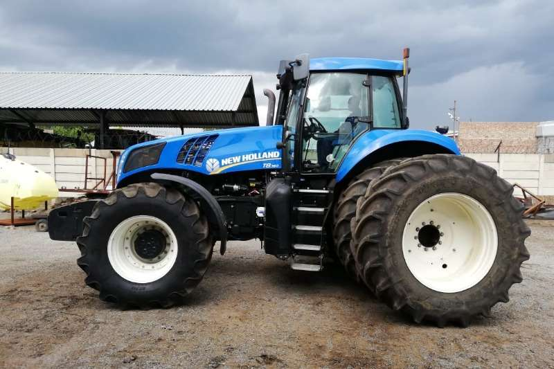New Holland Four wheel drive tractors New Holland T8 360 Tractors