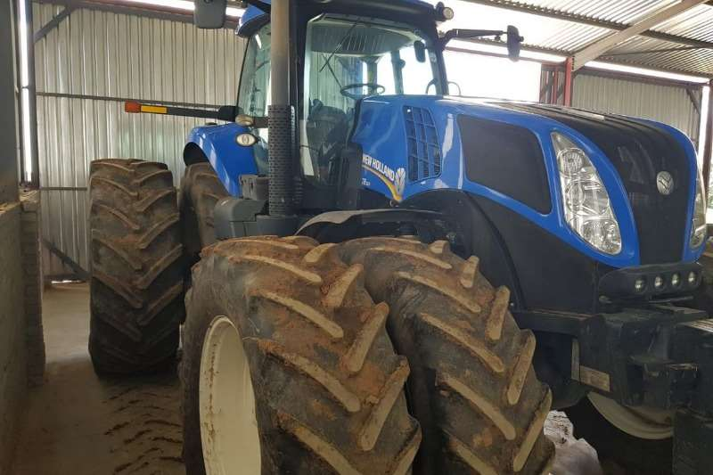 New Holland Four wheel drive tractors New Holland T8.360 Tractors