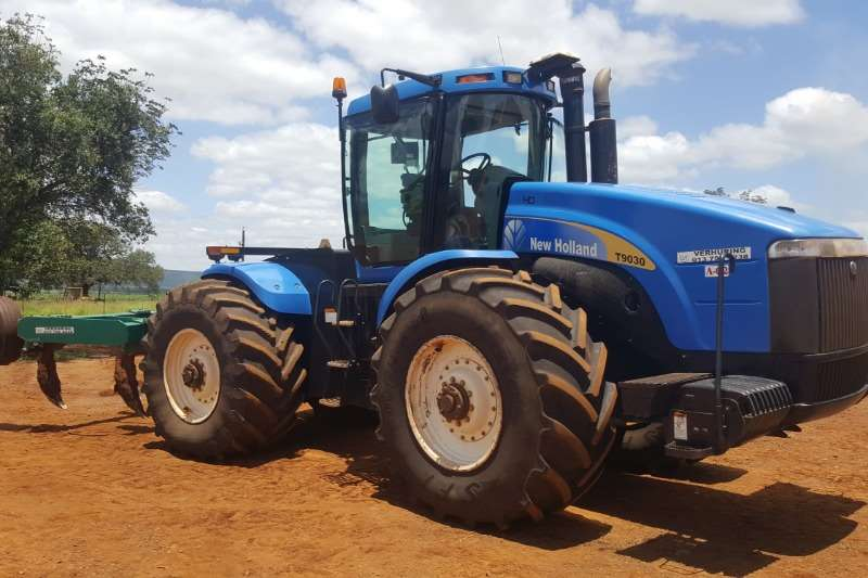 New Holland Tractors Four Wheel Drive Tractors New Holland T9030 2011