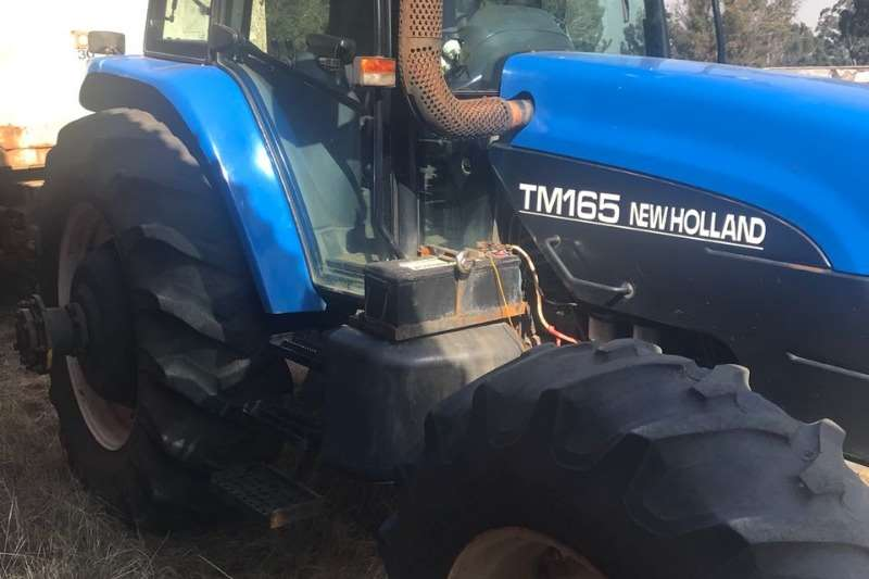 New Holland Tractors Four Wheel Drive Tractors New Holland TM 165 2002