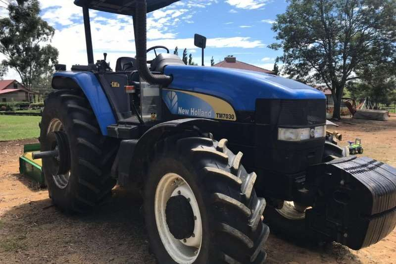 New Holland Tractors Four Wheel Drive Tractors New Holland TM 7030 2011