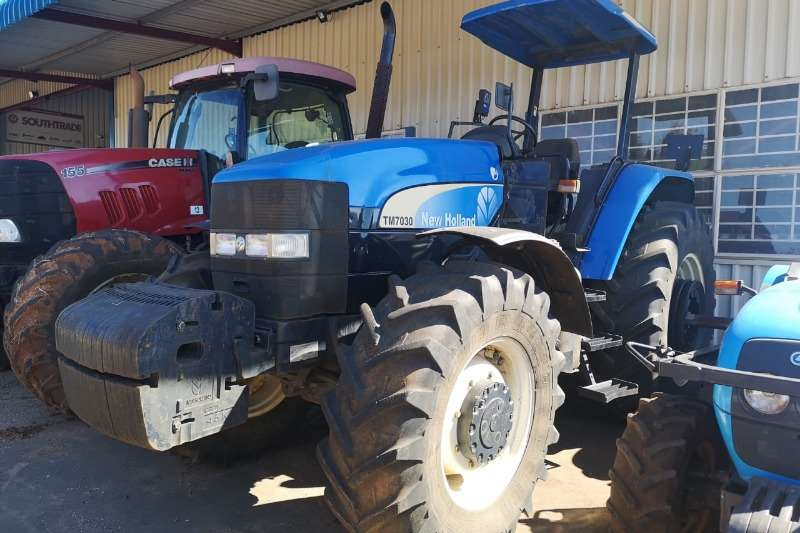 New Holland Four wheel drive tractors New Holland TM 7030, 4WD Tractors