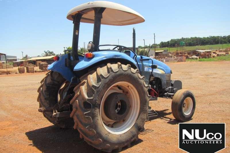 New Holland NEW HOLLAND TD90D TRACTOR Tractors