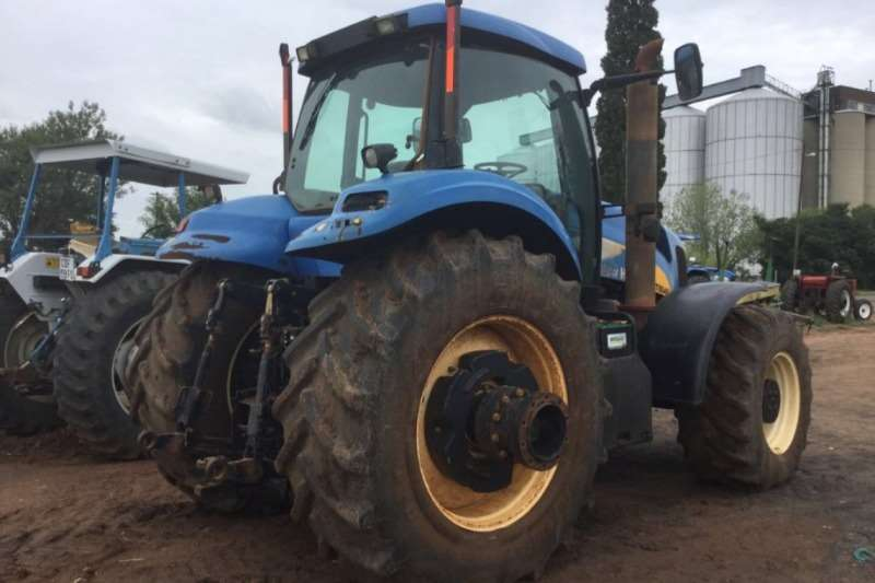 New Holland T8040 Cab Tractor Tractors