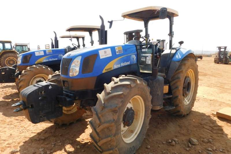 New Holland Utility tractors New Holland T6050 Tractor Tractors