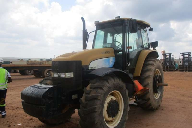 New Holland Utility tractors New Holland TM7030 Tractor Tractors