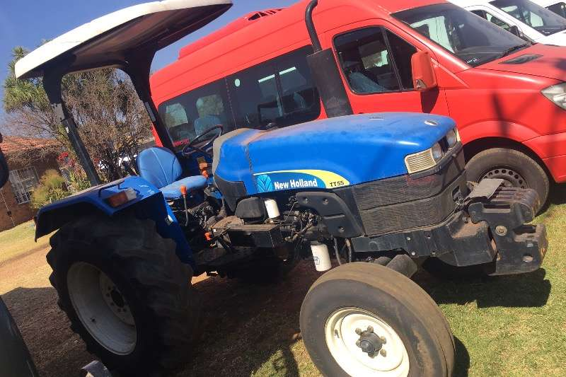 New Holland Utility tractors NEW HOLLAND TT 55 TRACTOR R129000 Tractors