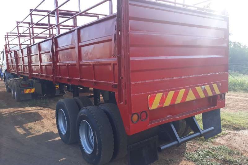 Other CATTLE CARRIER TRAILER Agricultural trailers