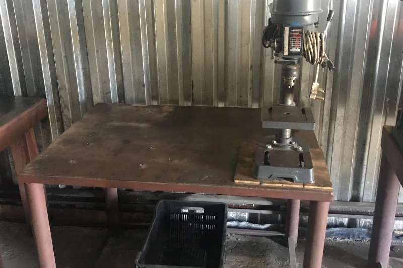 Other BENCH DRILL WITH TABLE