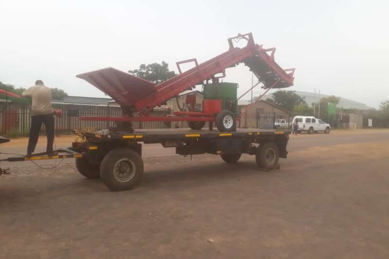 Other Potato harvesters FOR HIRE   POTATO HARVESTERS Combine harvesters and harvesting equipment