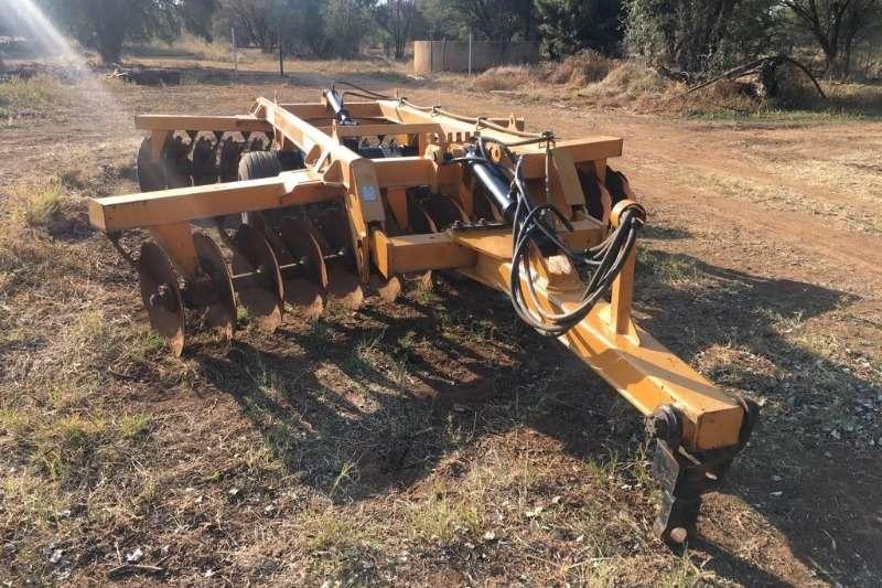 Other Cultivators Santa Isabel 28 skottel dis