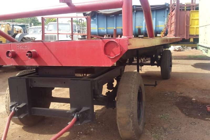 Other Feed Wagons 4 WHEEL TRAILOR