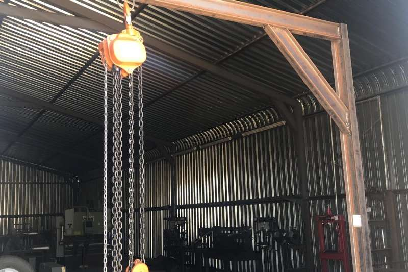 Other GANTRY WITH 5 TON BLOCK & TACKLE