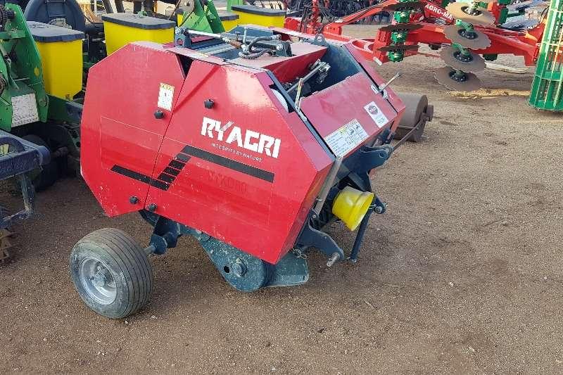 Other Hay and Forage Balers ryagri mini baler 2018