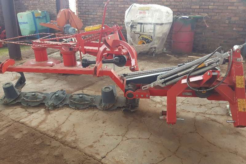 Other Hay and Forage Disc Mowers New 5 disc mowers / tol snyers