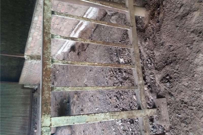 Heavy duty rails for pigs,cattle etc Other