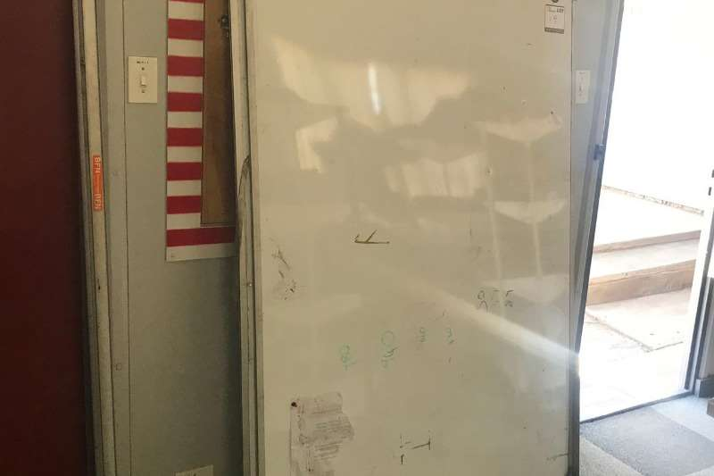 Other LOT BIG WHITE BOARDS (2 X BOARD)