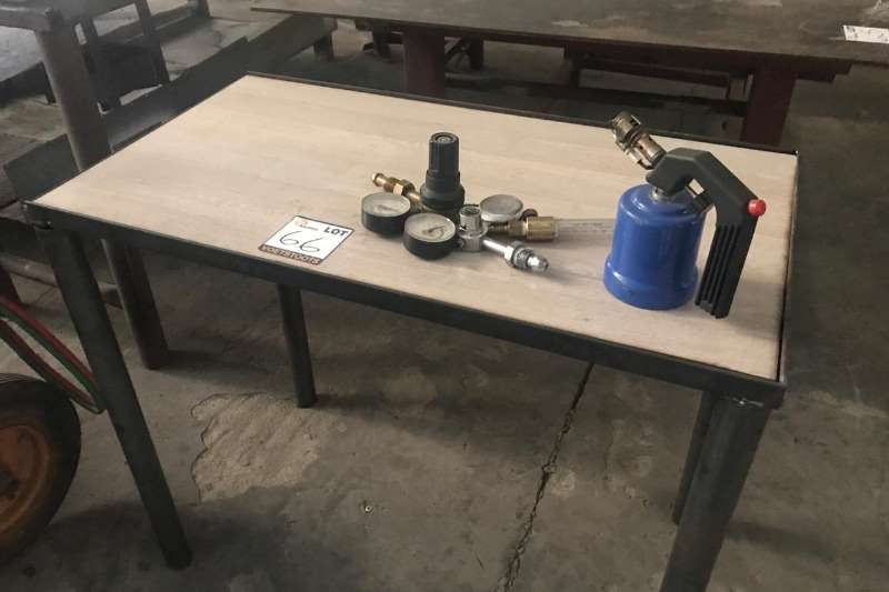 Other LOT TABLE WITH GAS BURNER & GAUGES