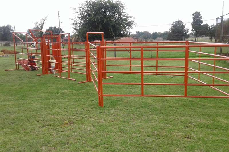 New Cattle Neck Clamp Other