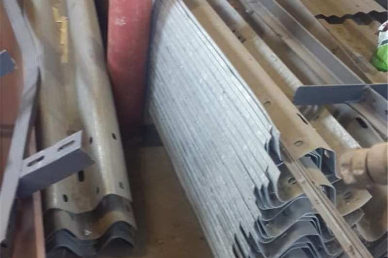 Not to be missed! New steel barriers galvanised. Other
