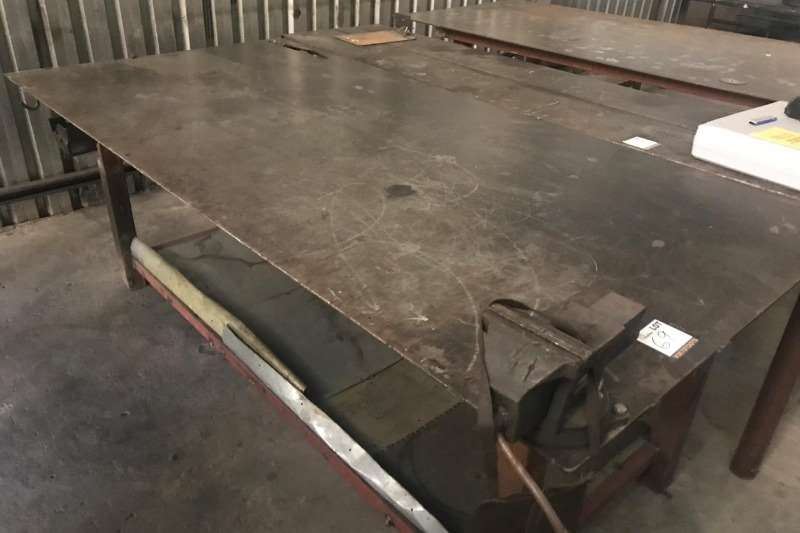 Other STEEL WORK BENCH WITH VICE