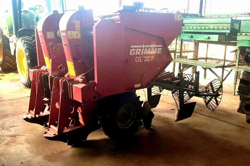 Feeders GRIMME GL 32 F AARTAPPELPLANTER Planting and seeding