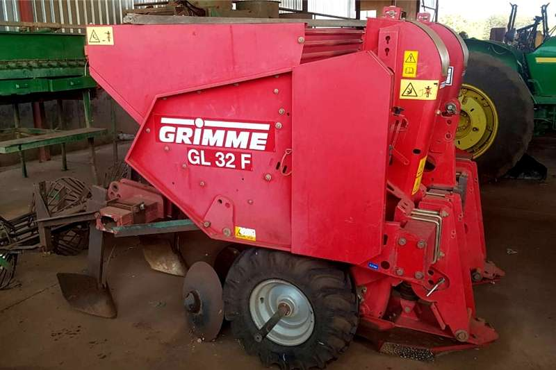 Planting and Seeding Feeders GRIMME GL 32 F AARTAPPELPLANTER