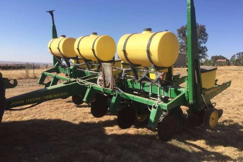 Planting and Seeding John Deere Other Planting and Seeding 1750 6R 0.91 0
