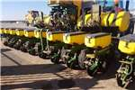 Planting and Seeding John Deere Other Planting and Seeding 1760 12ry 76cm 0