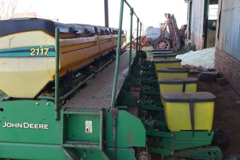 Planting and Seeding John Deere Other Planting and Seeding 2117 0