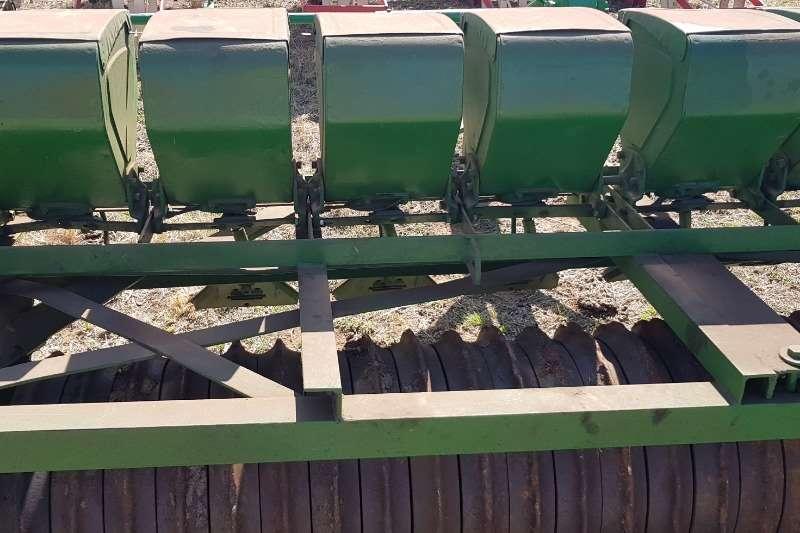 John Deere Other planting and seeding vynsaad teff planter Planting and seeding
